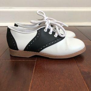 SADDLE SHOES Black and White Size 12.5